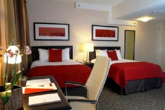 Artmore Hotel : Double Beds