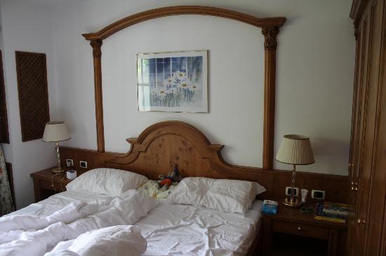 Cavallino Bianco Family Spa Grand Hotel: Zimmer