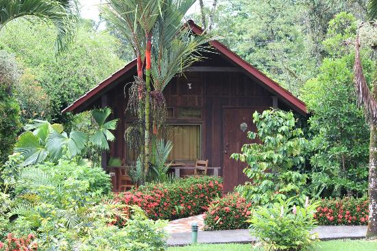 Arenal Green Hotel: cabin 6, no direct view of volcano