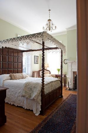 The Kenmore Inn: Fredericksburg Grand