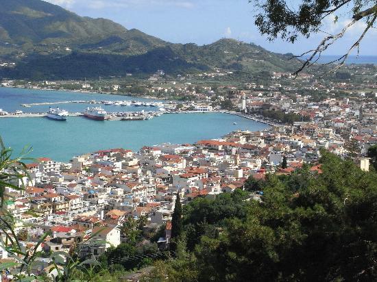 Amboula Beach Apartments: View of Zakynthos town from Bochali Strani hill