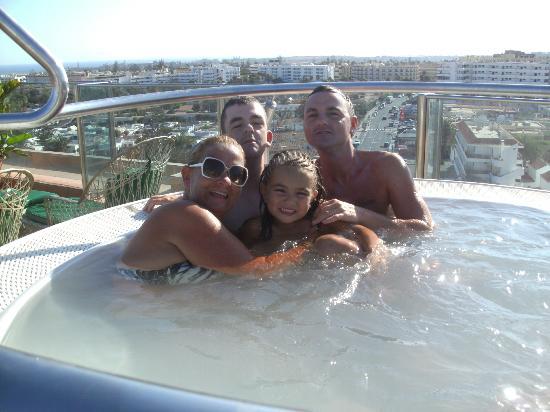 Hotel Eugenia Victoria : x