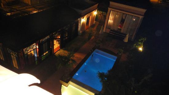 Hotel Boutique Quinta das Videiras: vista do apart noite