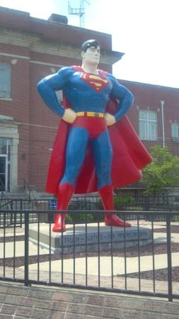 Hampton Inn & Suites Paducah: Giant Superman statue in nearby Metropolis, IL