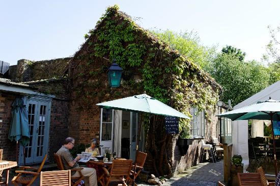 Street Cafe St Albans