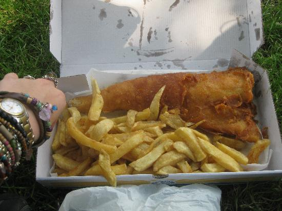 Seafoods Traditional Fish & Chips: Jumbo fish and small chips.