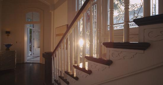 Melrose Mansion: Stairwell