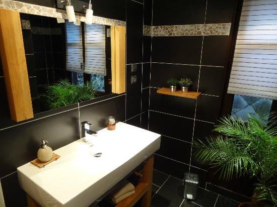 Chambres d'hotes Au Bois Normand: Bagno