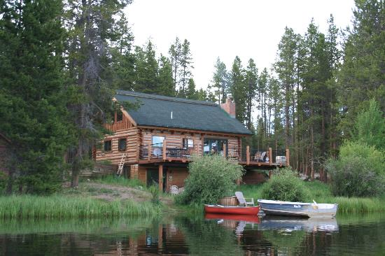 Moose Lake Lodge, LLC: Log House