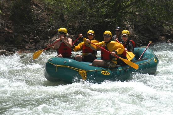 Elk Mountain Expeditions: Family Fun Outing