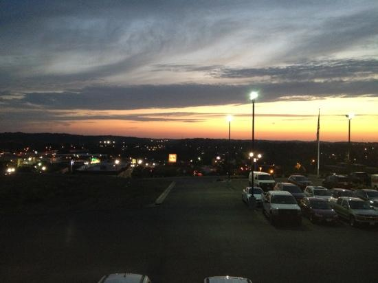 Holiday Inn Express Hotel & Suites Zanesville North: room view