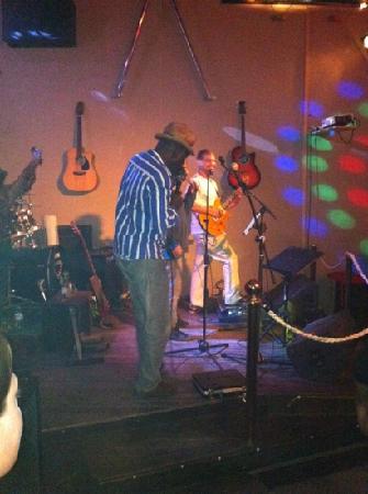 L'essentiel: great musician from Senegal