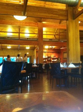 Ertel Cellars Winery Bistro : main room