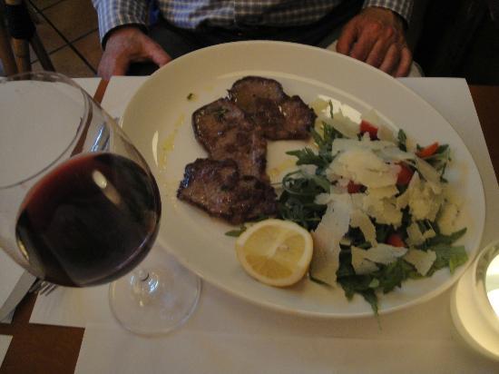 La Tazza D'oro : Beef & salad