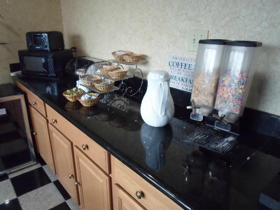 "Econo Lodge : The ""extensive"" breakfast - no milk so cereal a bit on the dry side."
