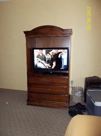 Holiday Inn Express Pikeville: Flat screen TV in the Room