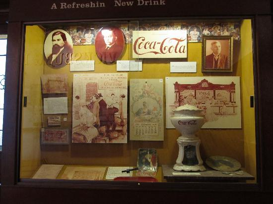 ca 1900 soda fountain display picture of biedenharn coca cola museum vicksburg tripadvisor. Black Bedroom Furniture Sets. Home Design Ideas