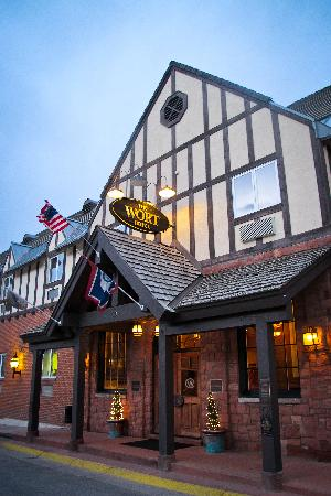 The Wort Hotel: the exterior of the Wort is the nicest part of the hotel