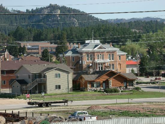 Shady Rest Motel: View of Custer from the Deck