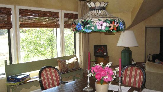 Orchard Hill Farm Bed & Breakfast: common area