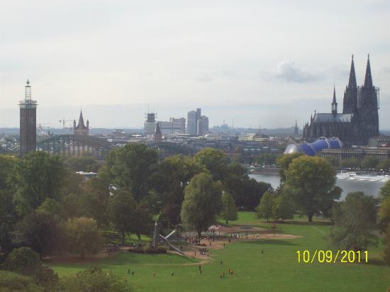 Cologne Cable Car (Kolner Seilbahn): Panoramico Colonia