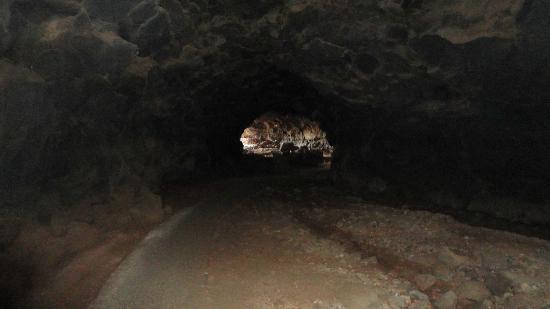 Cueva del Llano: Cave Llana - widok od wewnatrz