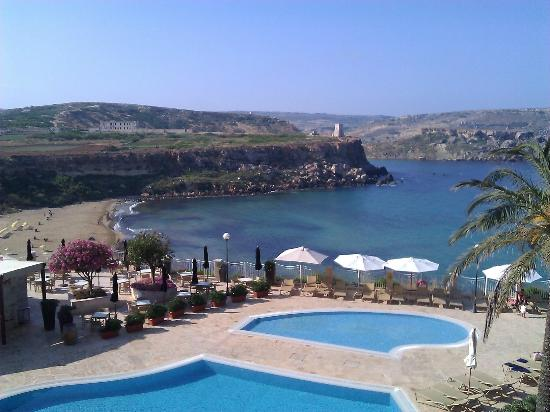 Radisson Blu Resort & Spa, Malta Golden Sands: View from our room over to the beach