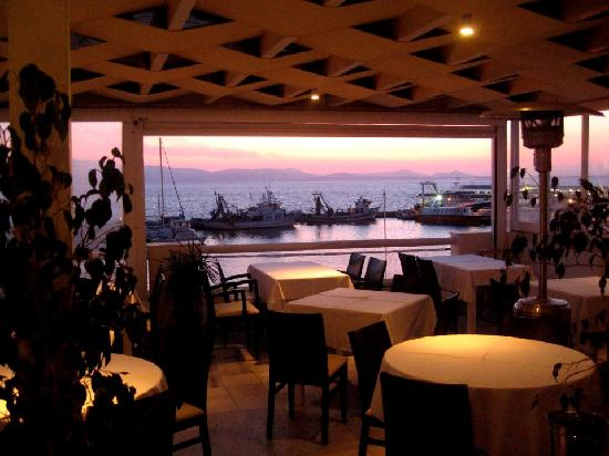 Anda Jaleo y vistas al puerto y puesta de sol