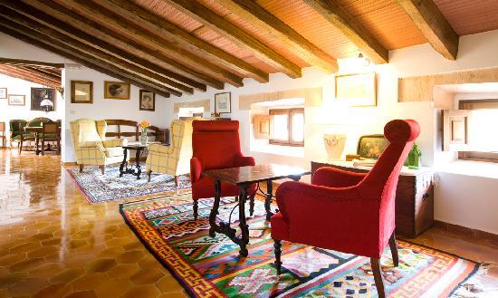 Hotel Sa Torre de Santa Eugenia: Hall