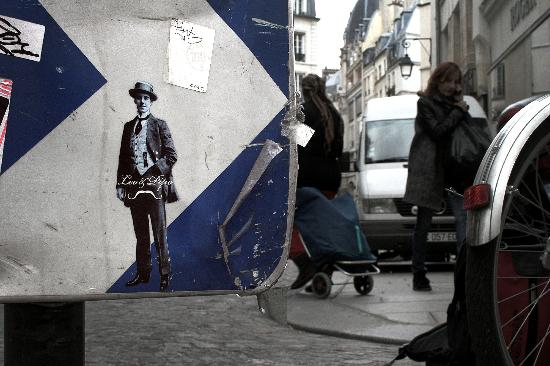 Leo   Pipo - Picture of Street Art Paris 83ffb90eef
