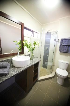 Absolute Farenden Serviced Apartments : Bathroom