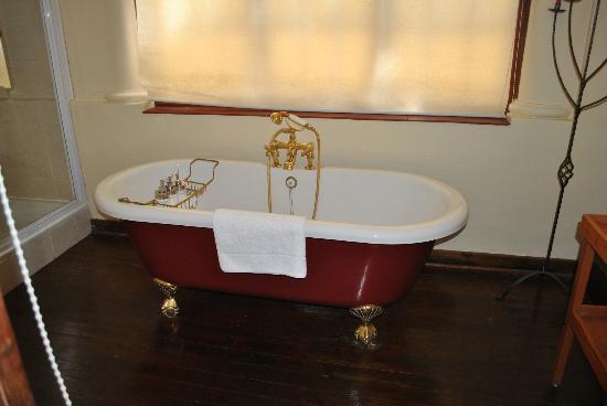Esperanza Guest House: Bathroom