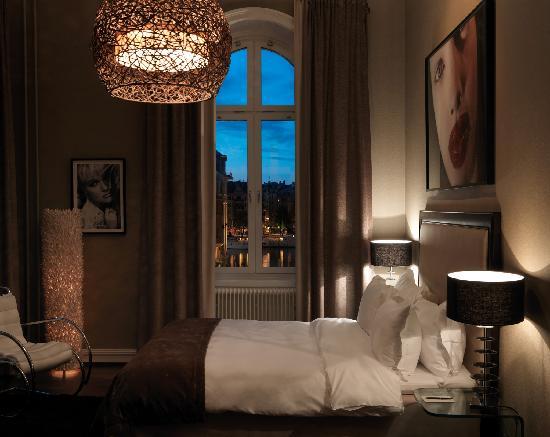 Lydmar Hotel : Medium room