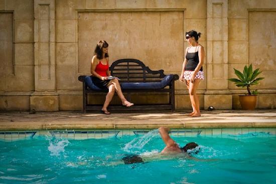 Authenticity Health & Wellness Retreat: Pool Area