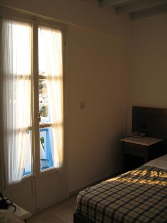 Myconian Inn Hotel: Nuestra habitación #10
