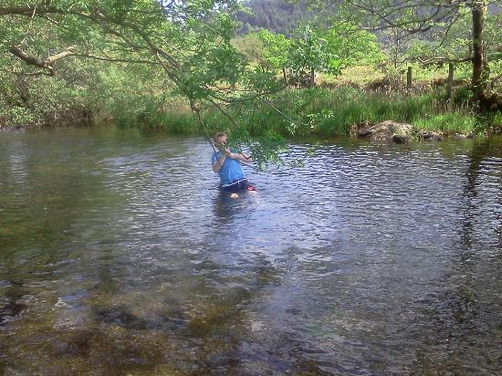 Bryn Gloch Caravan & Campsite: the river