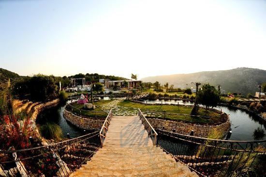 Batroun, Lebanon: Arnaoon Village