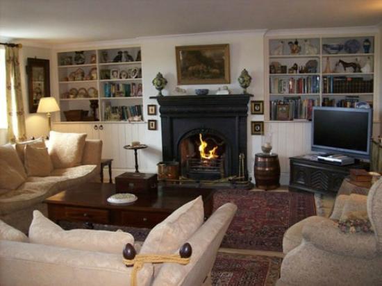 Goldie's Loughan: Living Room