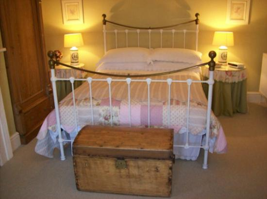 Goldie's Loughan: Double Room