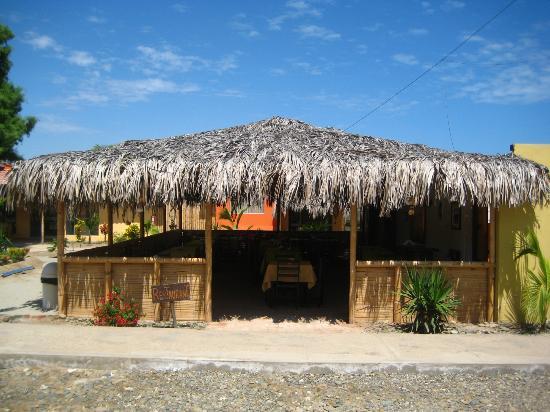 Los Organos Beach: restaurant