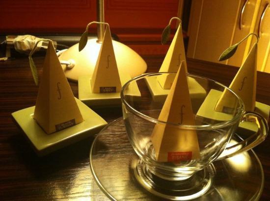 Mandarin Court.: herbal teas