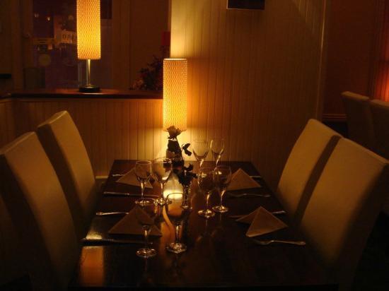 Mandarin Court.: dinning room