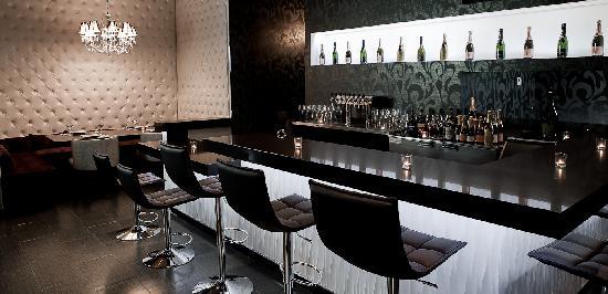 Eden Burger Bar Interior