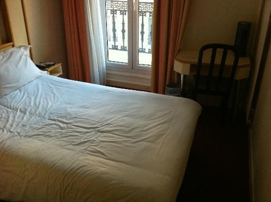 Hotel Antin Saint Georges: Habitación 405