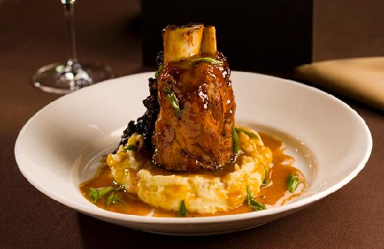 Mignon's Steaks & Seafood: Osso Bucco