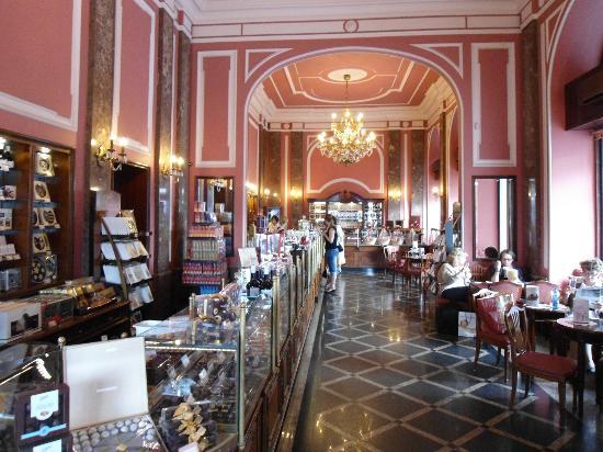 E. Wedel Chocolate Lounge Staroswiecki Sklep: Innenaufnahme