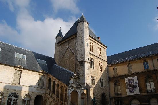 Ducal Palace: Palais des Etats