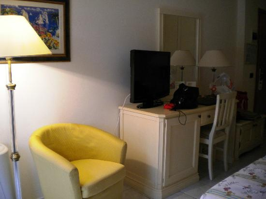 Hotel Hermitage -- Portoferraio: Room sitting area