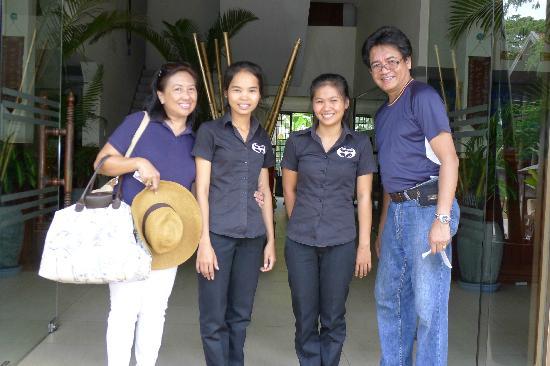 Siem Reap Bat Hotel: staffs
