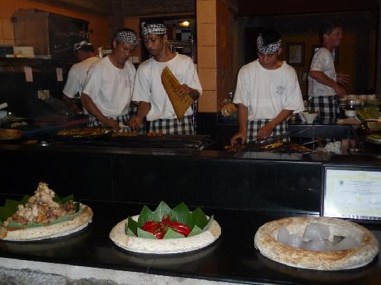 Bumbu Bali: Open kitchen